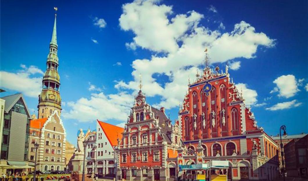 7 / Riga, Lettonia